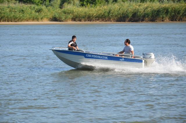 алюминиевые лодки для рыбалки болотоход