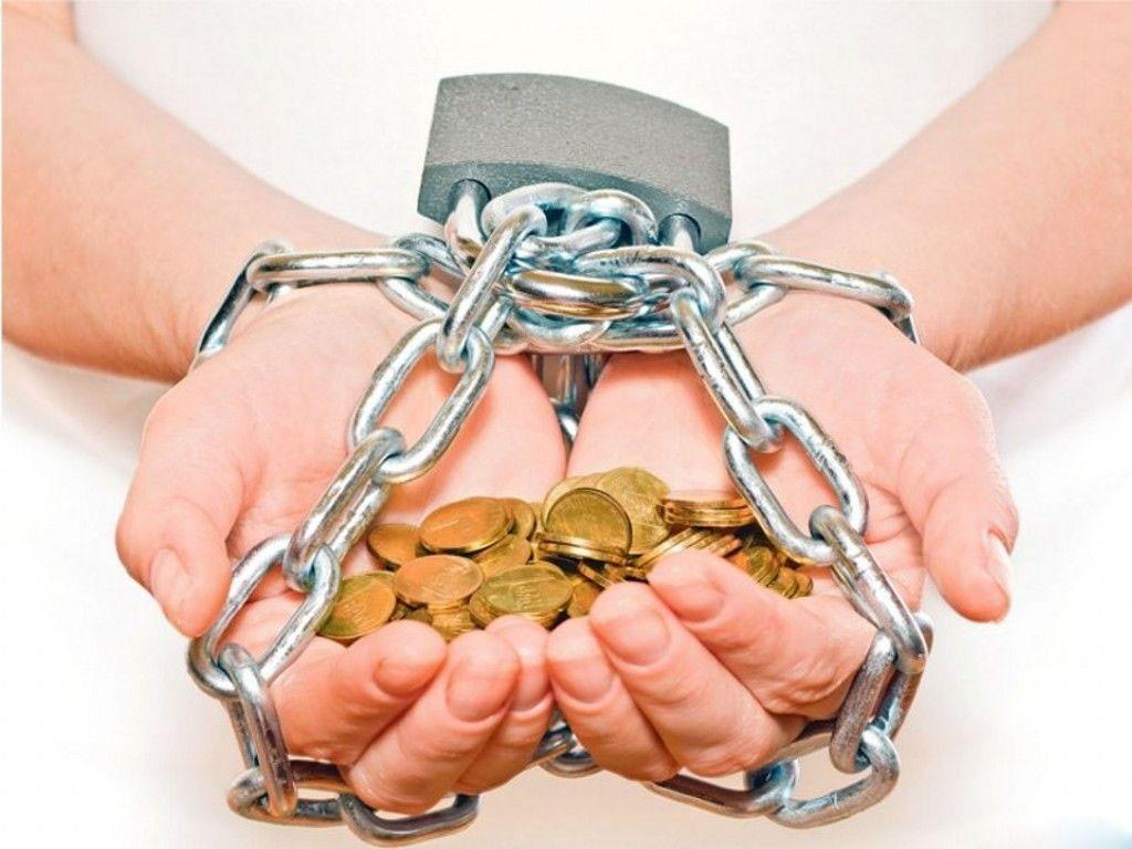 как избавится от долгов в мфо чем сюжет: многодетной