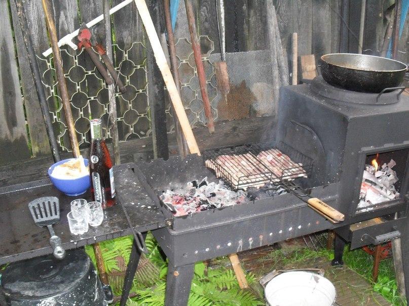 Как построить мангал своими руками из железа