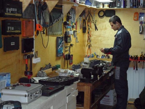 фото ремонта лодочных моторов