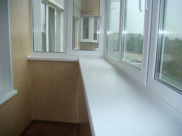 Остекление и отделка балконов.окна пвх..